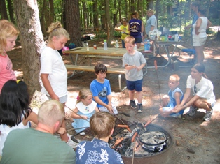 Campers_cooking